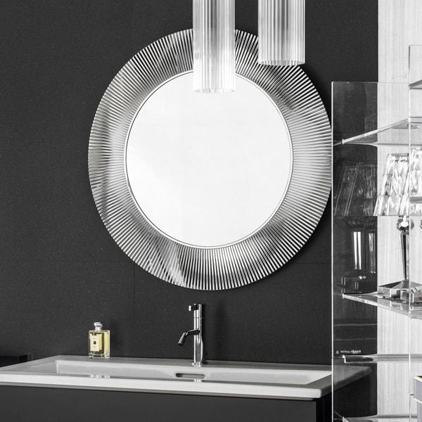 洗面空間を美しくコーディネートするミラーの使い方
