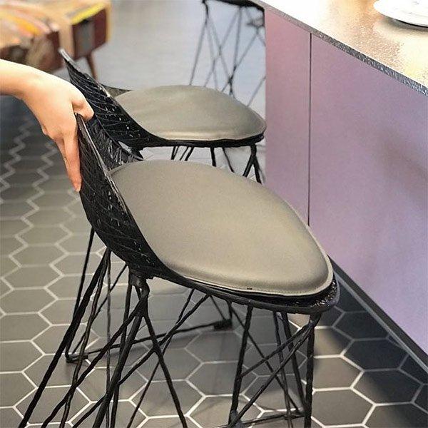 椅子と重さの関係